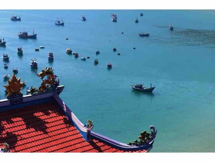 Mái đình làng biển - Nhung Nguyen