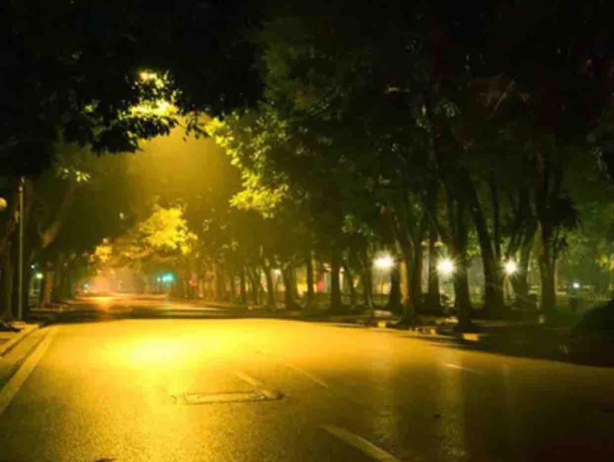 Mưa đêm tỉnh nhỏ  Song ca  Karaoke Thu Huyền ft DQM