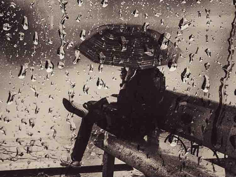 Mùa thu trong mưa