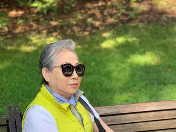 [KARAOKE] Mẹ Từ Bi - Mai Lệ Quyên